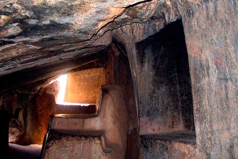 Quenco - mummification room,