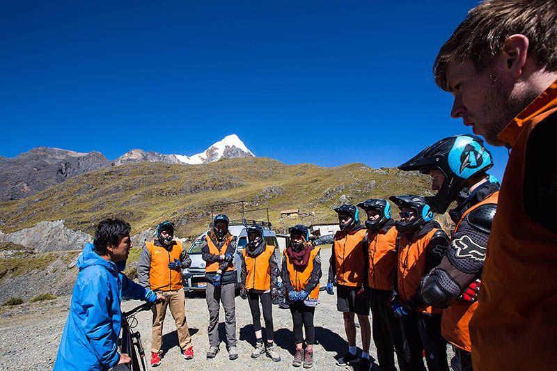 Fisrt day - Down hill in the Inka Jungle trek