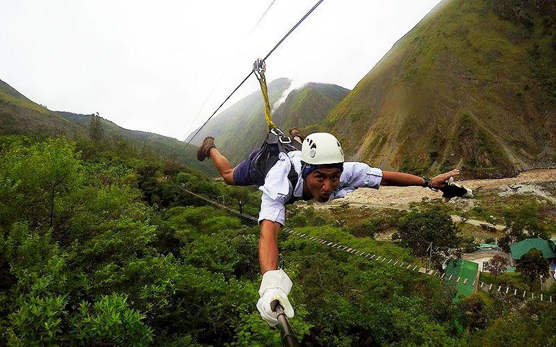 zip line tirolesa in the Inka Jungle Trek