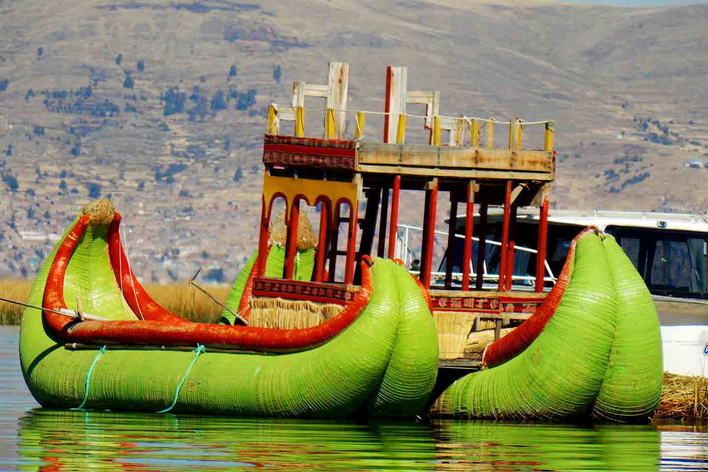 Urus floating and Taquile islands, and overnight in Amantani island in a Titikaka Lake Tour.