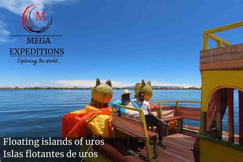 Floating islands of uros Islas flotantes de uros